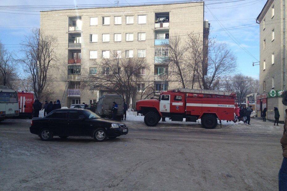 Впожаре вдоме поулице Станционной пострадали три человека