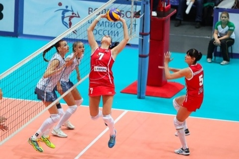 «Уралочка» всухую переиграла «Сахалин» настарте чемпионата РФ