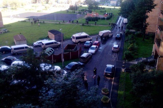Свидетели докладывают овзрывах ивыстрелах— КТО вПетербурге