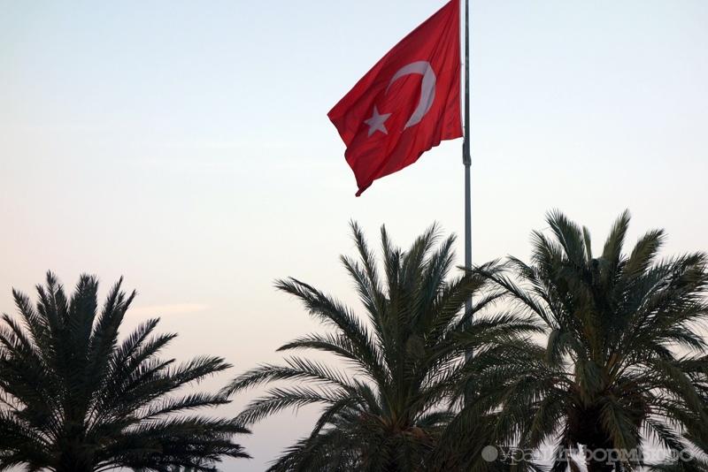 Турция поведала, когда достроит стену награнице сСирией