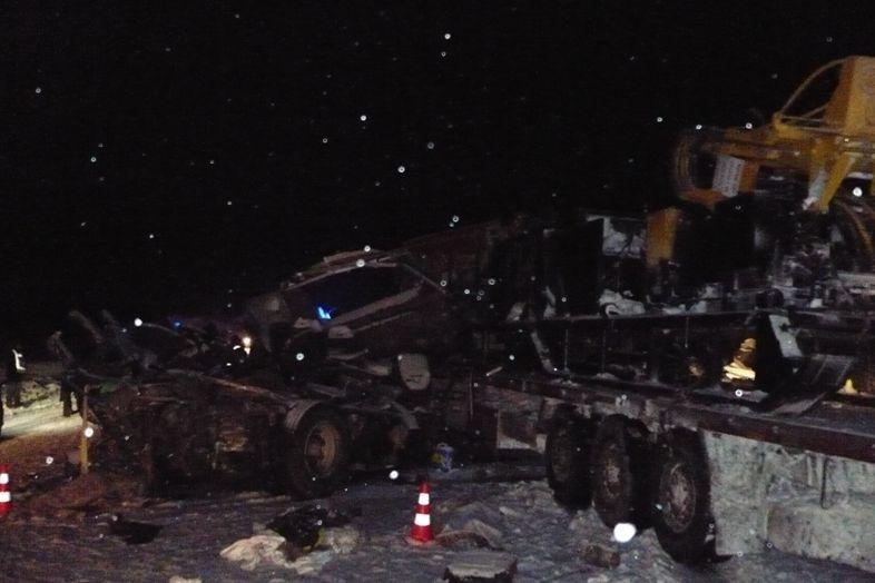 В Российской Федерации автобус сдетьми столкнулся сфурой