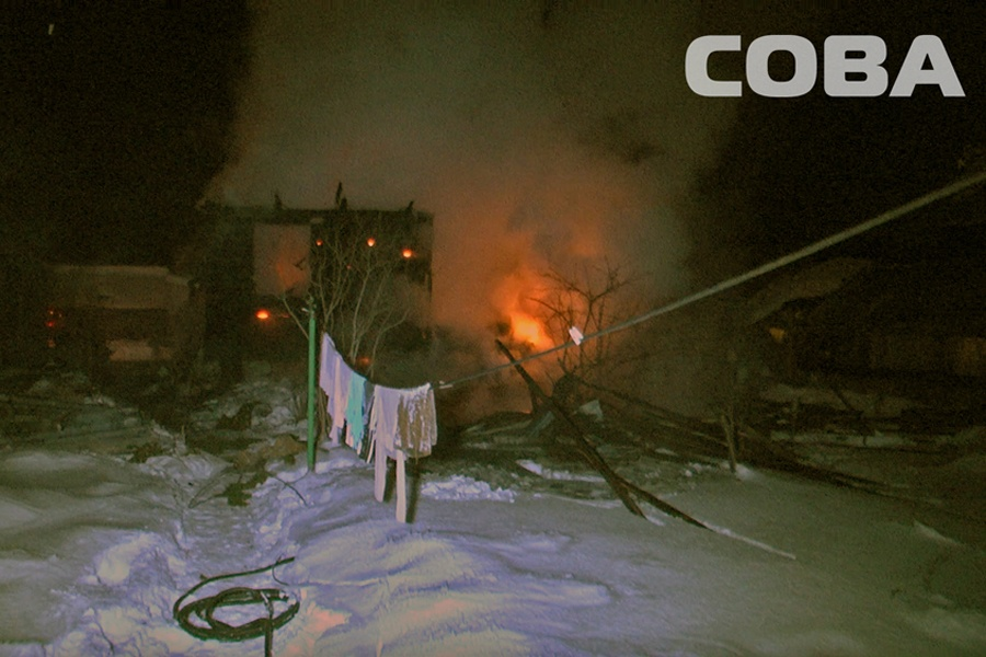 ВЕкатеринбурге два человека погибли напожарах всадах. СКР начало проверку