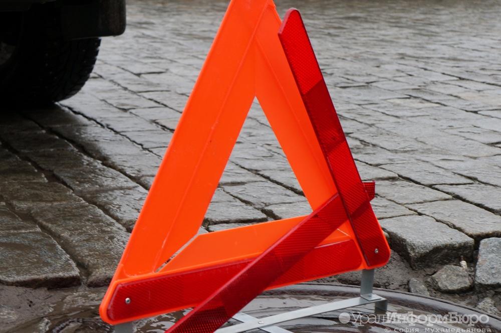 Под Челябинском автоледи погибла вДТП с фургоном