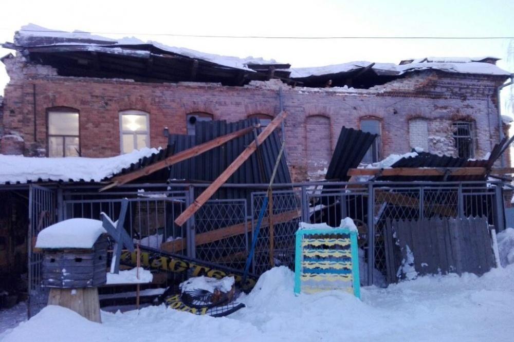 Что произошло вИрбите смногоквартирным домом, монументом архитектуры? Онупал