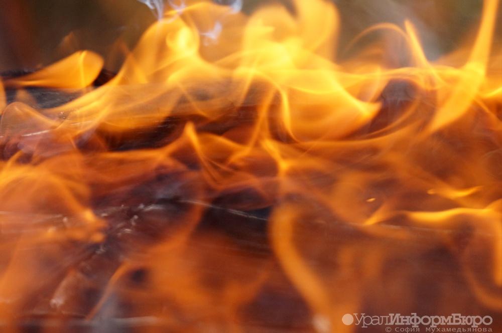 Мужнина живьем сгорел всторожевой будке наодной изстоянок вЧелябинске