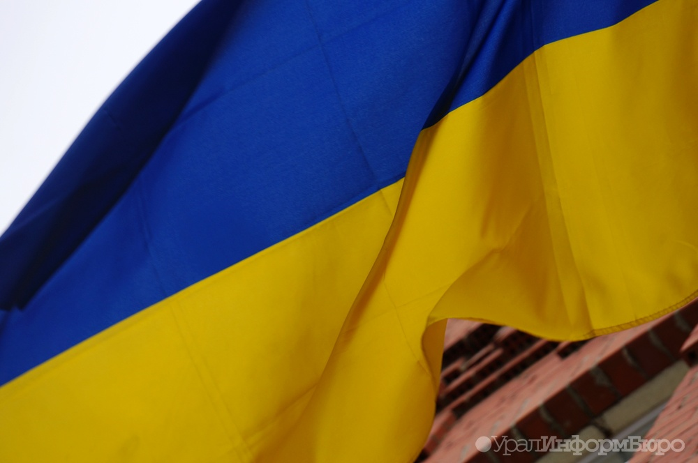 Безвизовый режимЕС с государством Украина может начать работать летом 2017 года