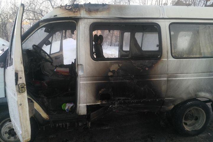 После ДТП загорелась пассажирская «Газель»