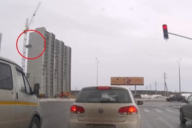 ВЧелябинске настройке «Академ Riverside» рухнула бетонная плита