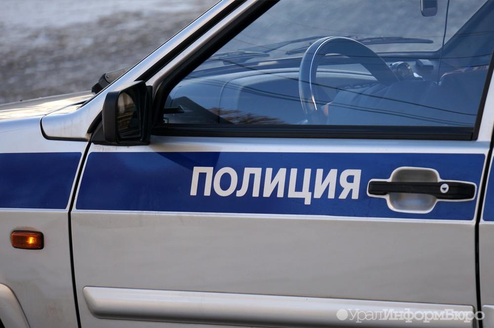 После ДТП Mercedes вылетел натротуар исбил мужчину вПерми