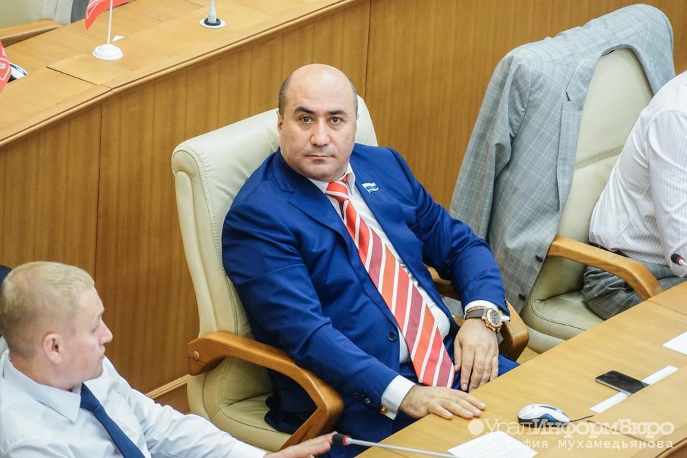 Армен Карапетян выступит сзаявлением на совещании Заксобрания