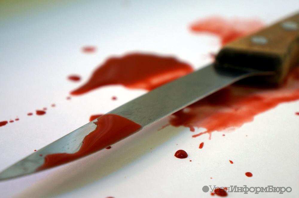 Жительница Приуралья зарезала отчима и пробовала обвинить вубийстве мать