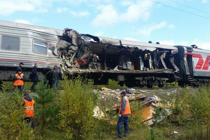 ВДТП споездом вЮгре обвинили водителя фургона