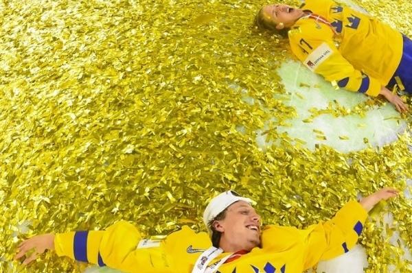 Сборная Швеции выиграла чемпионат мира похоккею 2-ой раз подряд