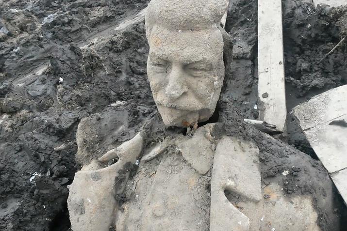 Найденные наУрале фрагменты монумента Сталину могут снова утопить