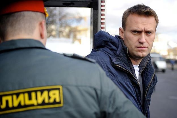 Алексея Навального приговорили к5 годам условно