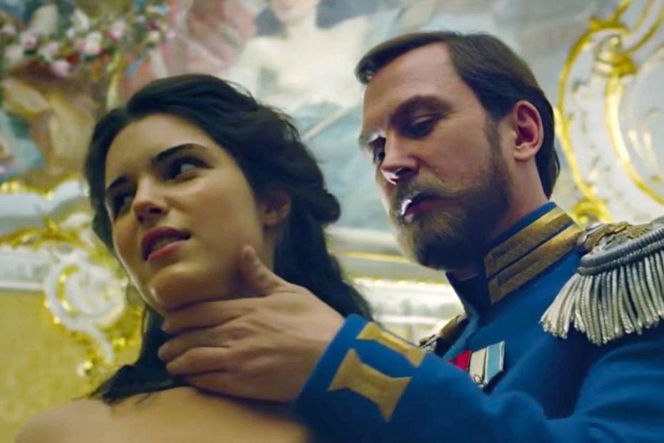 Педагог лично представит собственный фильм «Матильда» вЕльцин Центре