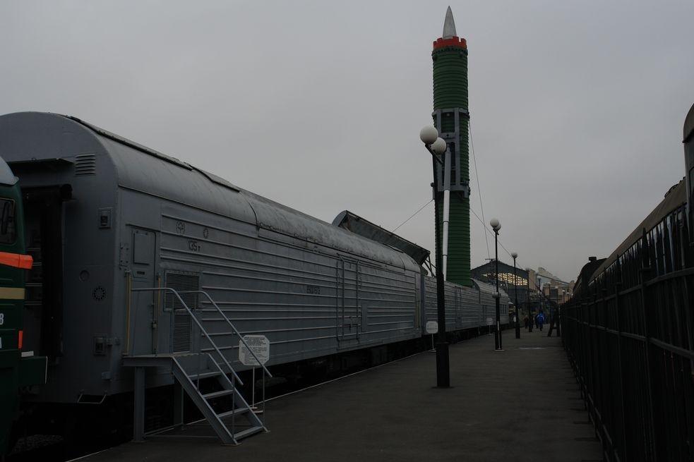 Денежных средств нет: в Российской Федерации остановили работу над новым боевым «ракетным поездом»