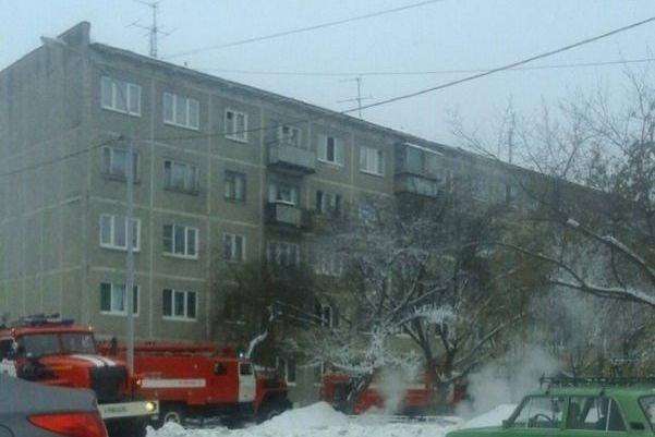 Два человек погибли впожаре вЕкатеринбурге