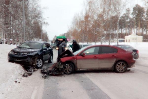 Милиция Екатеринбурга проводит проверку пофакту ДТП, врезультате которого пострадал ребенок