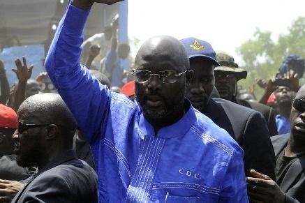 Владелец  «Золотого мяча» Джордж Веа лидирует напрезидентских выборах вЛиберии