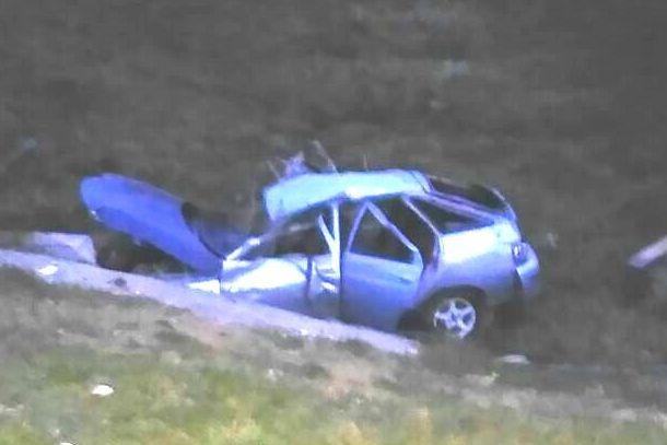 Насвердловской трассе перевернулся ВАЗ: пострадали 4 человека, двое вкоме