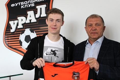 «Урал» подписал договор сВладимиром Ильиным