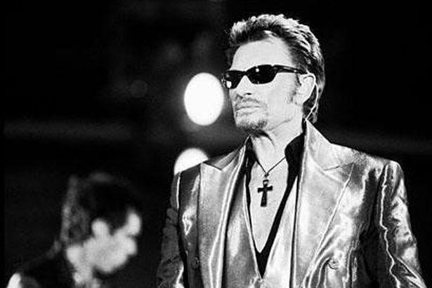 Скончался известный французский рок-певец: автобиография илучшие песни Джонни Холлидея