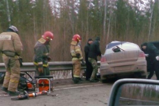 ВПрикамье вДТП слесовозом умер шофёр легковушки