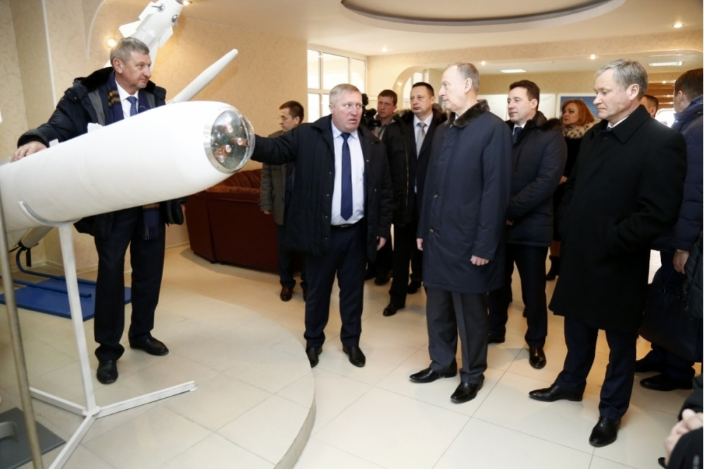 ВЗауралье Николай Патрушев посетил завод «Курганприбор»