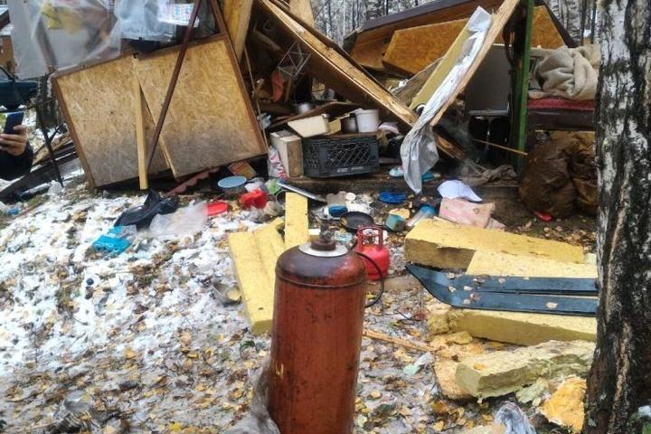 Под Екатеринбургом отнепотушенной сигареты взорвался домик рыбака