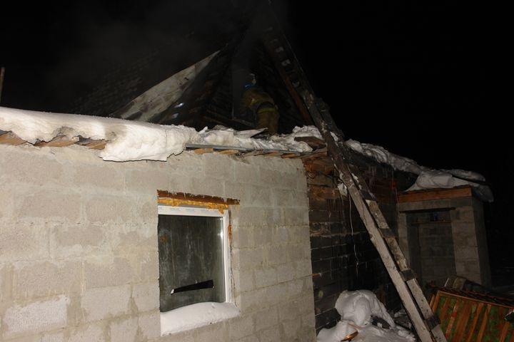 ЧПвТюмени: изгорящего дома спасли пятерых детей