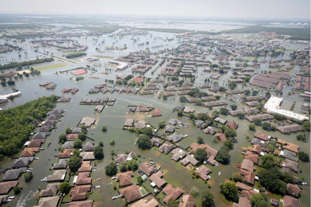 Ученые выявили аномальный рост силы ураганов вАтлантике