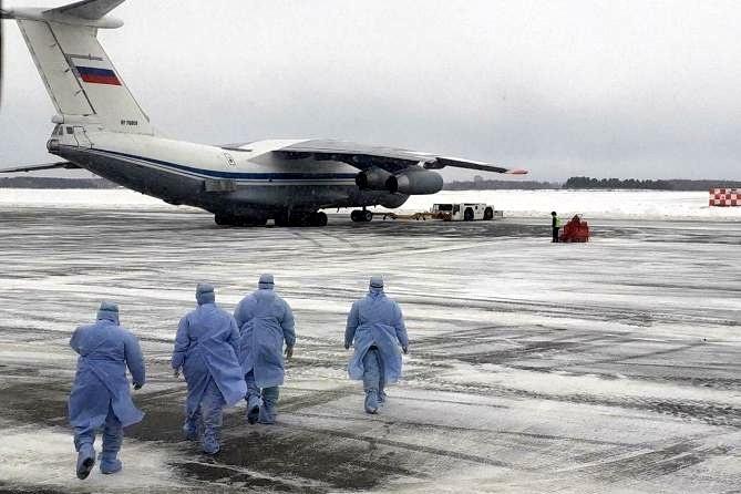 Những máy bay đầu tiên sơ tán người Nga từ Trung Quốc đã về đến Tyumen