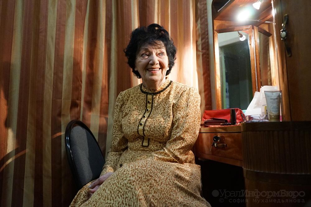 Национальная исполнительница РФГалина Умпелева скончалась вЕкатеринбурге